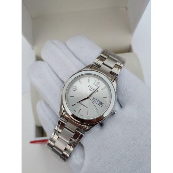Citizen Day Date Chain Watch