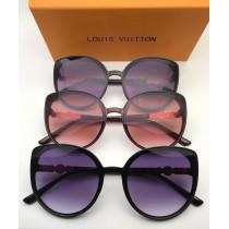 Louis Vuitton Ladies Sunglasses RB-432