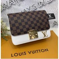 Louis Vuitton Crossbody Bag FHB-124
