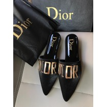 Dior Fancy Text Pump
