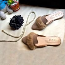 Gucci Y21 Fur Design Slippers Brown