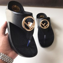 Fendi Ladies Flip Flop